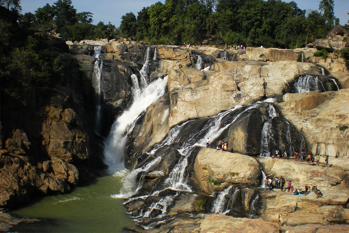 There are number of beautiful tourist places in Ranchi.